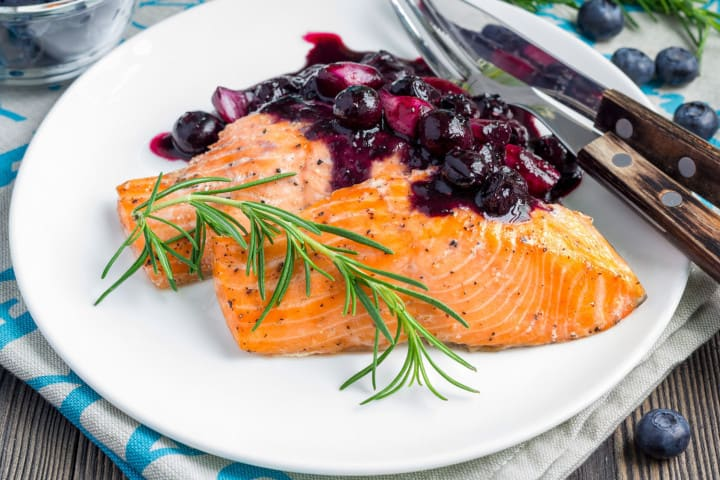 salmon with cranberries