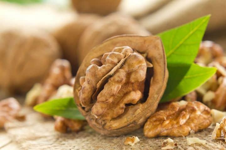 split walnuts